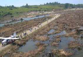 Government leaders recognize value of MAF in tsunami-hit regions.