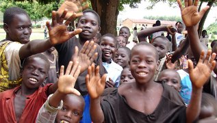 A ministry works to help Congolese market boys.