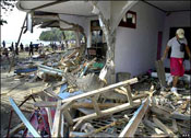 Tsunami kills hundreds in Indonesia, Christians are responding