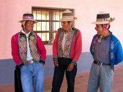 Bolivia's rivals begin peace talks