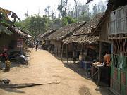Ethnic Karen flee Myanmar