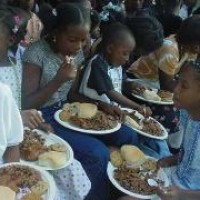 Ministry holds fundraiser for annual Christmas party