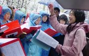 Chinese house church forced to worship in the snow