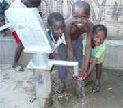 Water helps crowded Haiti city cope