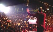 Hundreds accept Christ in Kingston, Jamaica