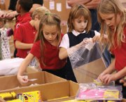 5,000 volunteers to help package aid for distribution in 32 countries