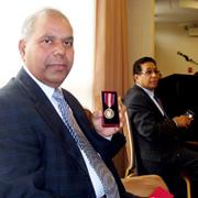 Queen honors Urdu ministry in Canada