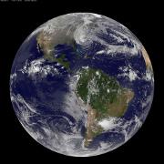 Hurricane Sandy strengthens, East Coast grinds to a halt