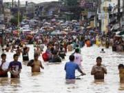 Typhoon Bopha pounds Philippines; thousands evacuated