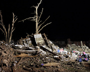 Tornado efforts turn focus to recovery