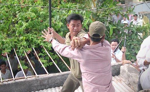 Christian Vietnamese couple beaten, threatened