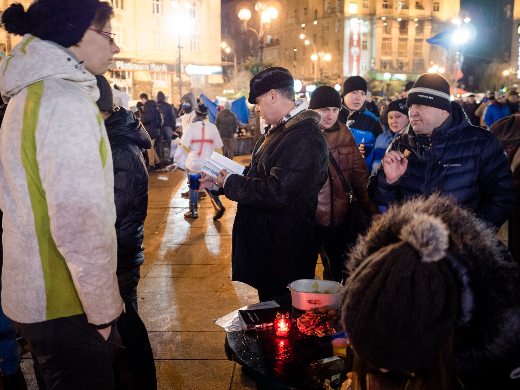 Ukrainians turn to Christ as protest continues