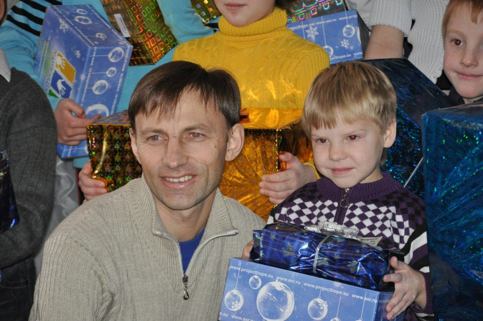 Daughter sends Christmas gifts to former orphanage