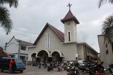 Indonesia sees increased Church closures, elections approach