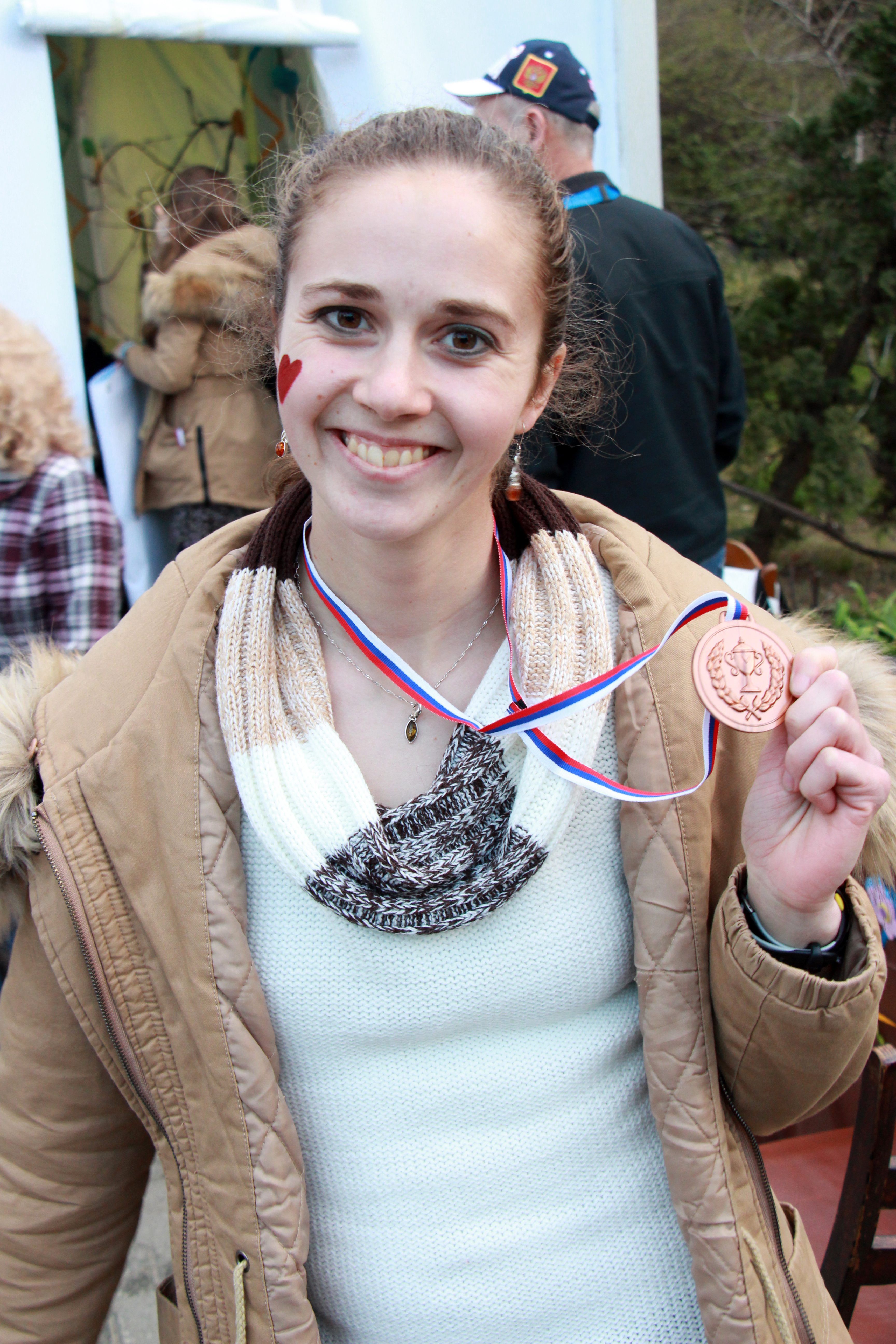 Ruth Mihalik wins bronze medal at Fun Zone competition in Sochi, Russia.