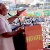 Narendra Modi addressing crowd.  (Image taken from Narendra Modi's personal feed on Flickr)