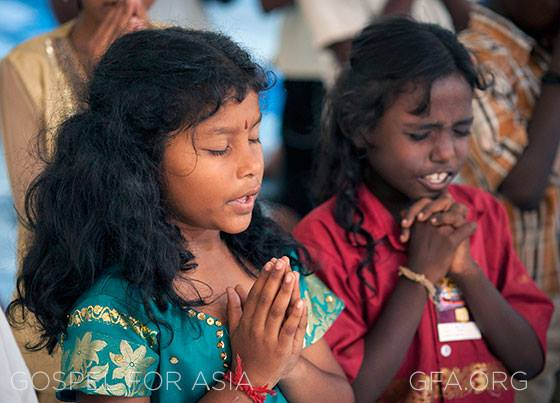 Vacation Bible School reaches thousands in Nepal