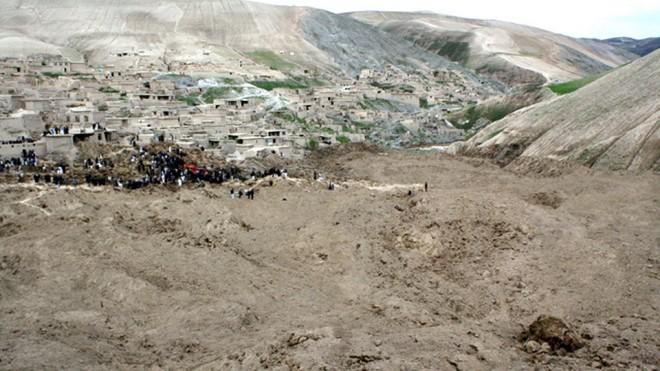 BGR helps survivors of twin landslides