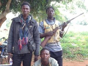 Anti-Balaka militia.  (Image courtesy Bagassi Koura, VOA French via Wikimedia Commons)