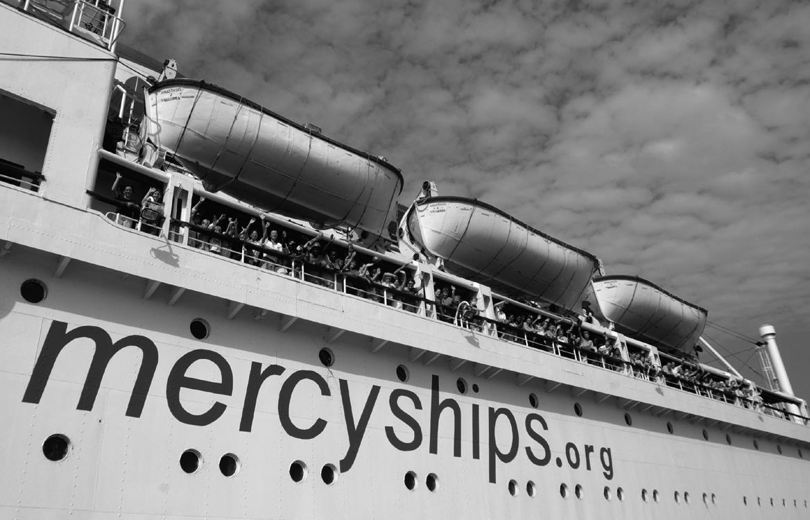 Ebola outbreak delays Mercy Ships deployment