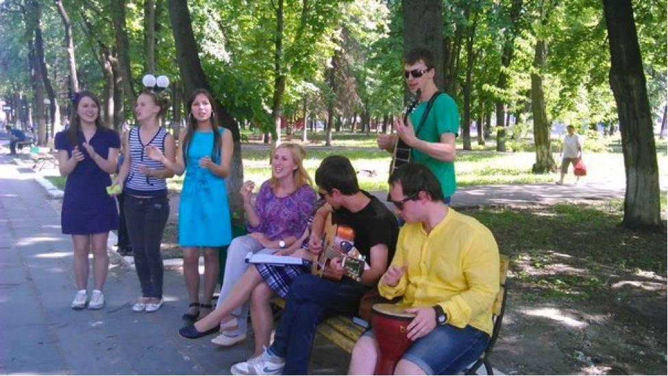 Street evangelism bears fruit in Oryol