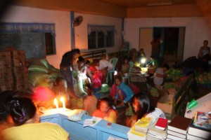 (Disaster relief in Philippines: Photo courtesy AMG International)