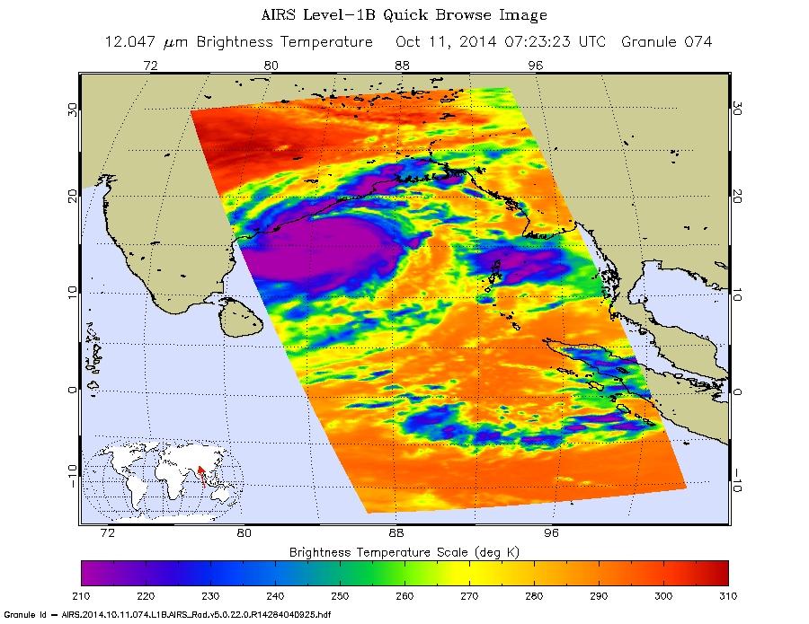Cyclone Hudhud strikes India