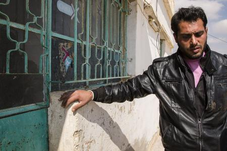 Syrian Christians stay behind to help neighbors