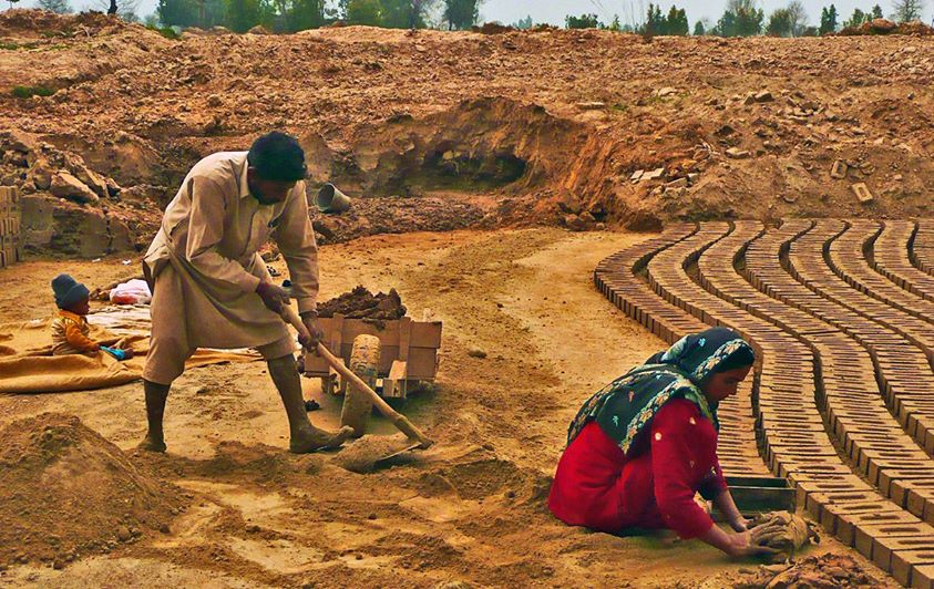 Pakistan brick makers