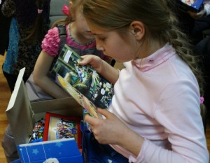 Child receives Gift of Hope from Mission Eurasia.