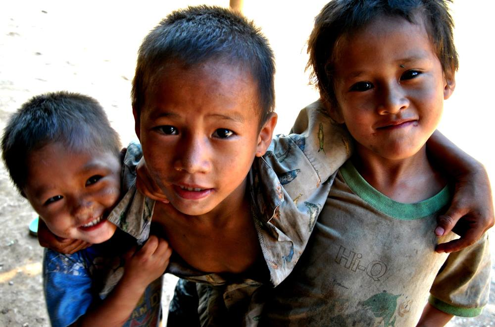 Myanmar: displaced Christians, Red Cross violence, state of emergency