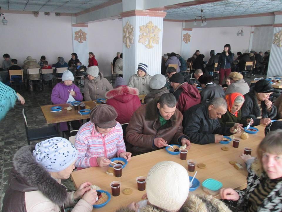 Internally displaced in Ukraine: 1.4 million