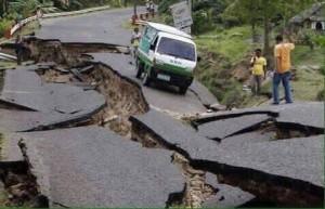 Photo courtesy Asian Access/Road damage, Nepal)