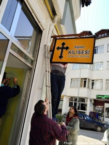 Putting sign up for Agape Church plant in Ordu met with some opposition. (Photo courtesy of Christian Aid Mission)