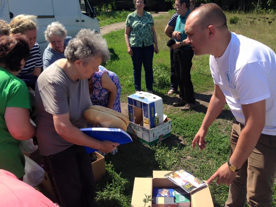Forgotten war continues, Ukraine uneasy