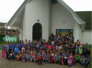 200 children and teens heard the Gospel at a summer Bible camp 2015. (Photo, caption courtesy SGA)