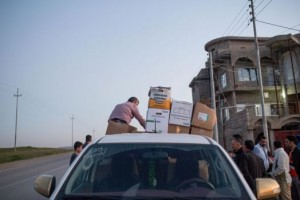 OMI_distributing aid in Kurdistan
