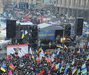 Petro Poroshenko addresses Euromaidan on December 8, 2013. (Wikipedia)