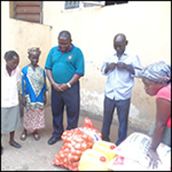 Missionaries in Sierra Leone bless disease victims