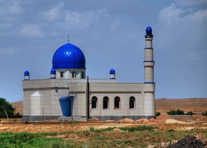 Mosque_under_construction_in_Kyrgyzstan