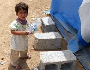 Jordan: Thousands of Syrian refugees stranded