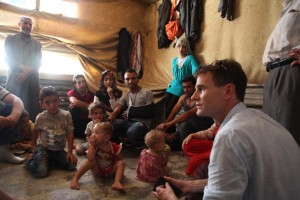 pete howard with syrian refugees