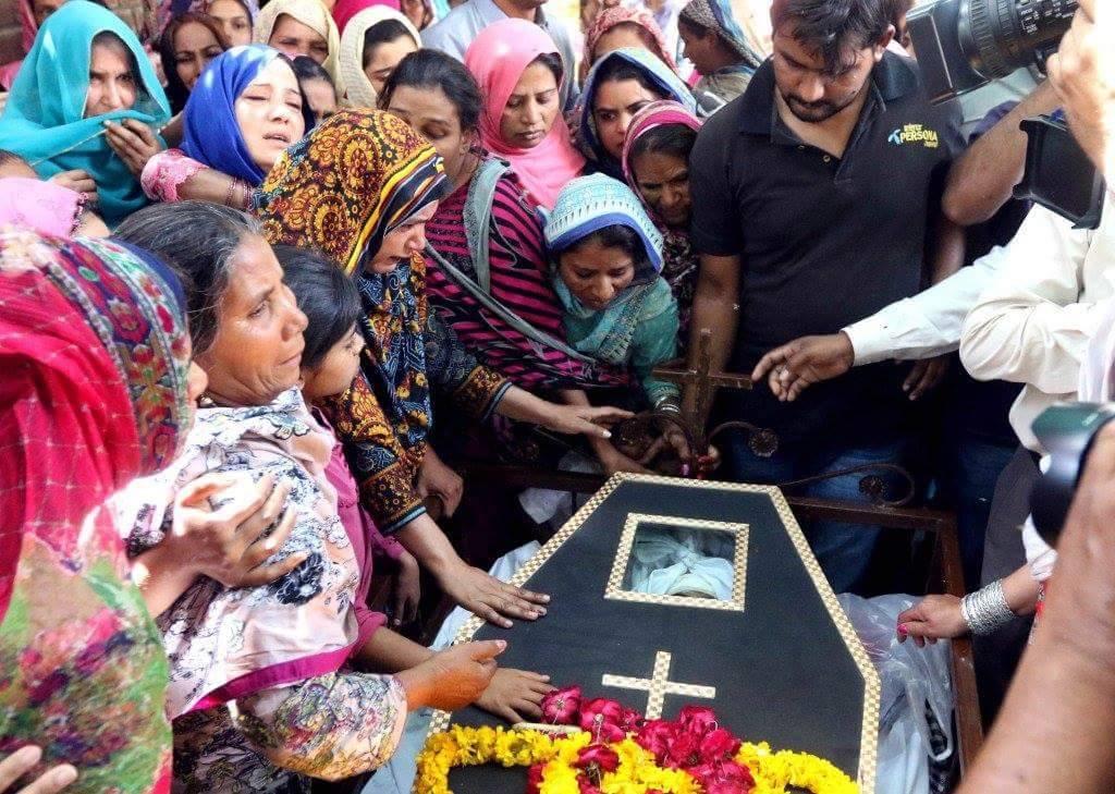 Pakistani Christians united yet wary following Easter bombing
