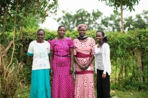 Bucker_Kenya-Women