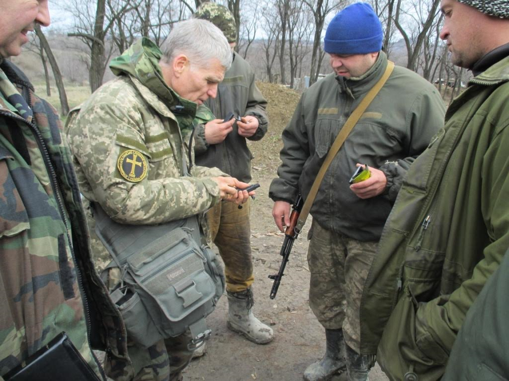 Military BibleSticks encourage Ukraine