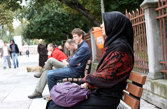 leersum muslim Left for dead in well, muslim girl says she was saved by jesus articles gospel supernatural by churchpop editor - august 7, 2016 frank van leersum muslim.