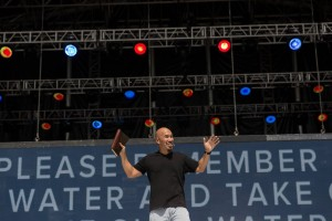 Francis Chan at Together 2016 (Photo courtesy of Together 2016 via Facebook https://goo.gl/ZYbjVW)