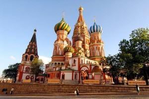 Russia: Ministry response includes Caesar, God and prayer