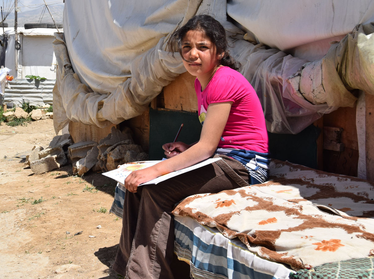 Lebanon pushes for refugee 'safe zones' in Syria