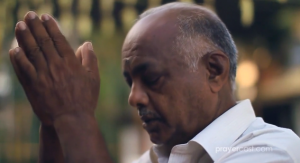 (Capture Sri Lankan man praying courtesy Prayercast)